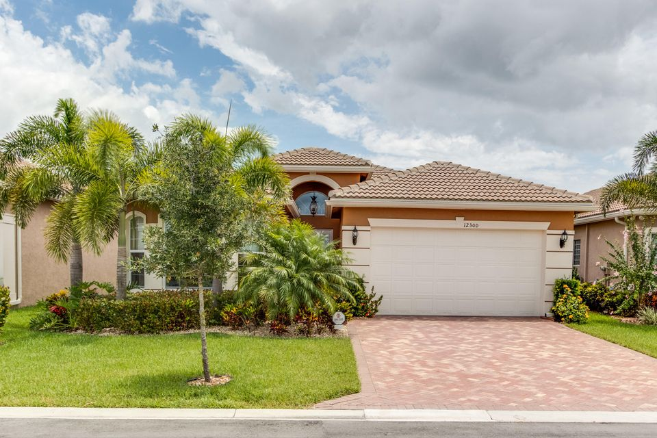 12300 Cascade Valley Lane, Boynton Beach, FL 33473