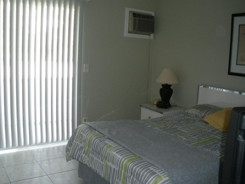 Additional photo for property listing at 469 Mansfield L 469 Mansfield L Boca Raton, Florida 33434 United States