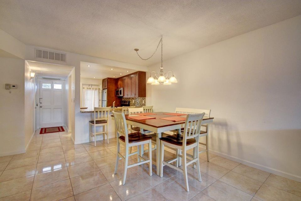 Additional photo for property listing at 400 NE 20th Street  Boca Raton, Florida 33431 Estados Unidos