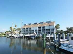 Co-op / Condo for Sale at 2115 Windward Way 2115 Windward Way Vero Beach, Florida 32963 United States