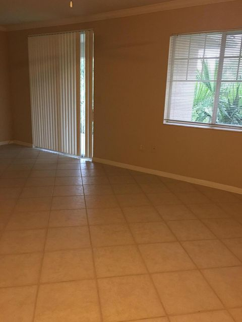 Additional photo for property listing at 6556 Emerald Dunes Drive  West Palm Beach, Florida 33411 United States