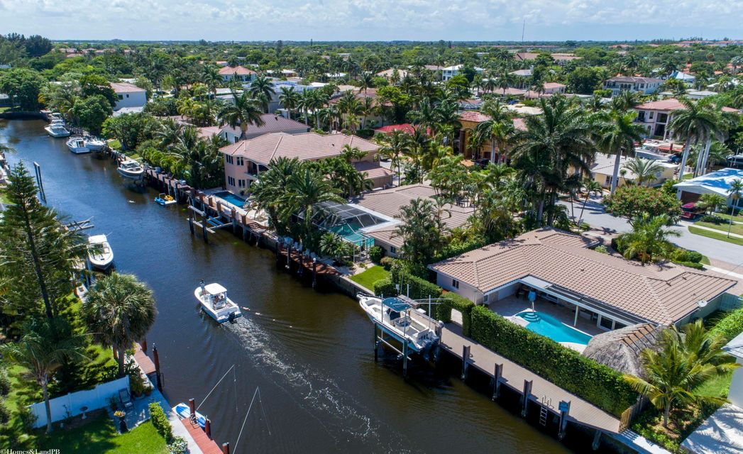 Additional photo for property listing at 790 NE 69th Street 790 NE 69th Street Boca Raton, Florida 33487 États-Unis