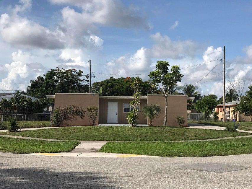 471 Owosso Road Lake Worth, FL 33462