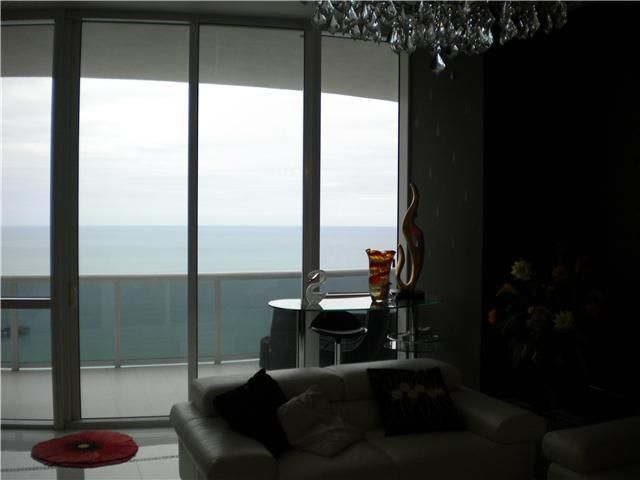 Additional photo for property listing at 16001 Collins Avenue 16001 Collins Avenue Sunny Isles Beach, Florida 33160 United States