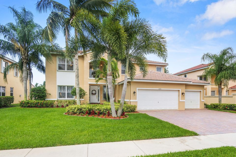 6758 Finamore Circle, Lake Worth, FL 33467
