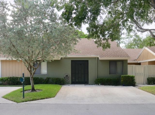 22295 Whistling Pines Lane, Boca Raton, FL 33428
