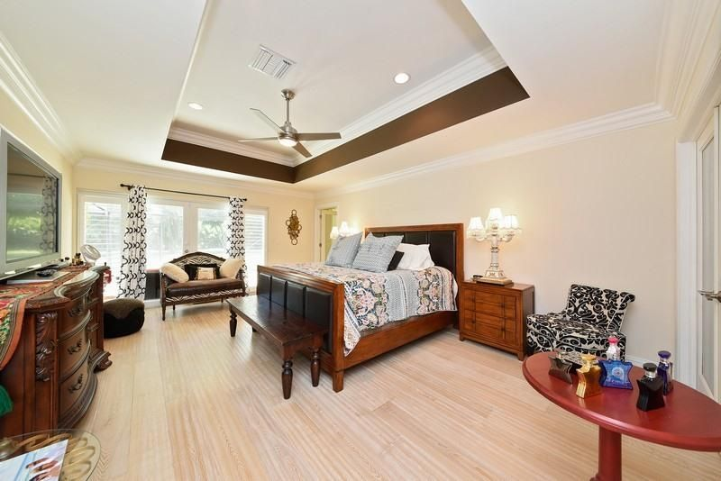 Additional photo for property listing at 2320 Greenbriar Drive  德尔雷比奇海滩, 佛罗里达州 33445 美国