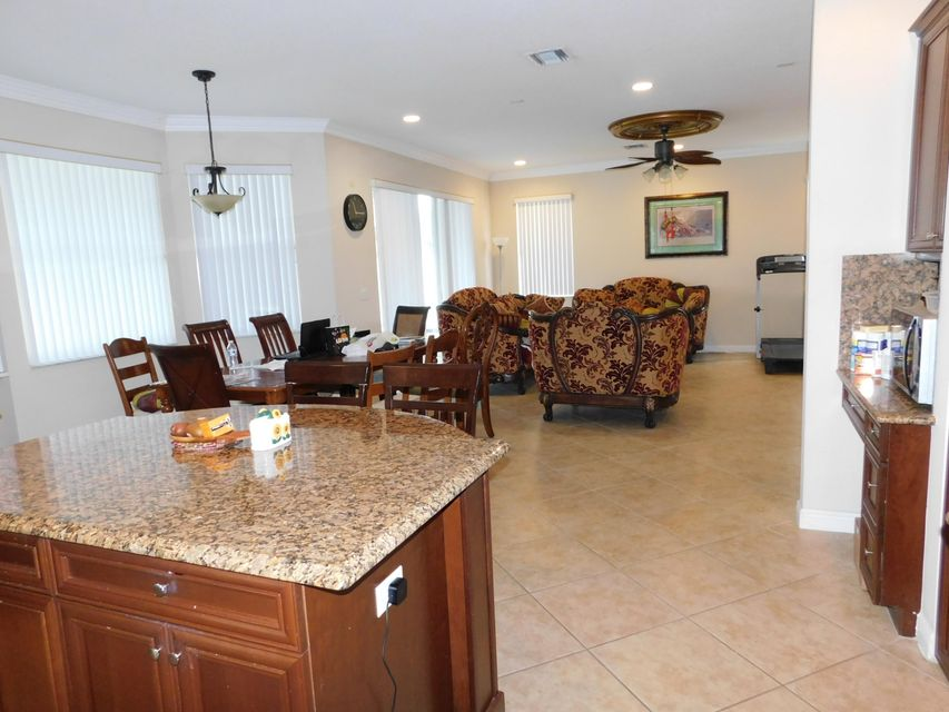 3189 Hamblin Way Wellington, FL 33414 small photo 19