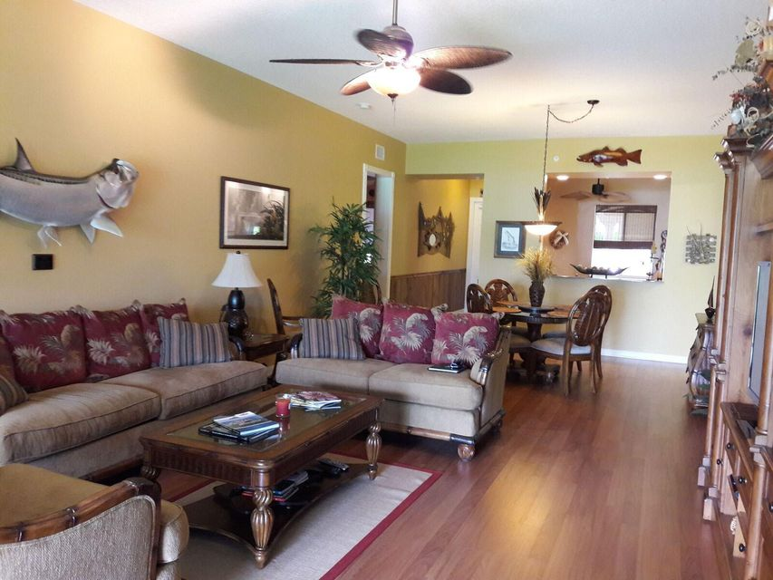 23 Harbour Isle Drive W 102, Hutchinson Island, FL 34949
