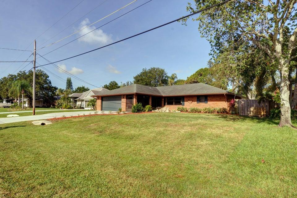 6009 Myrtle Drive, Fort Pierce, FL 34982