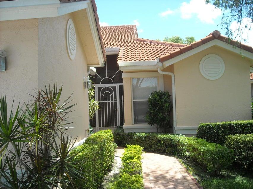 7646 Majestic Palm Drive, Boynton Beach, FL 33437