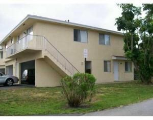 Co-op / Condo for Sale at 804 W Tiffany Drive Mangonia Park, Florida 33407 United States