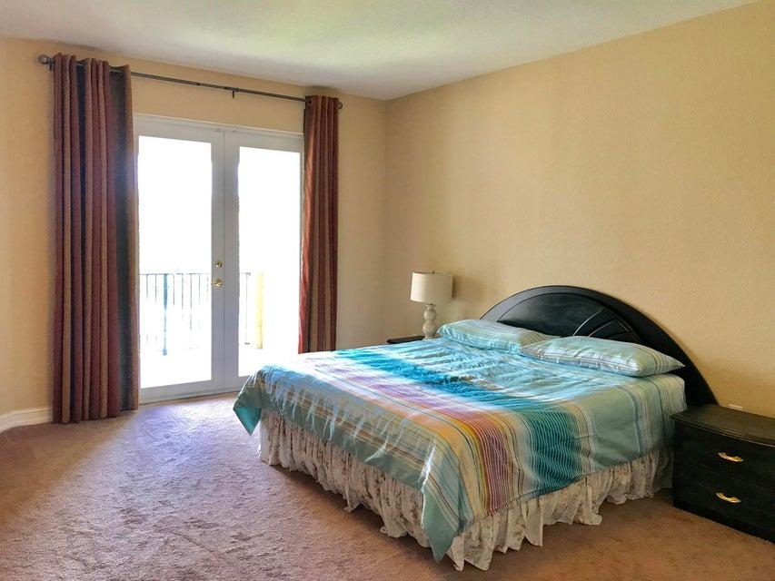 Additional photo for property listing at 8512 Serena Creek Avenue 8512 Serena Creek Avenue Boynton Beach, Florida 33473 United States