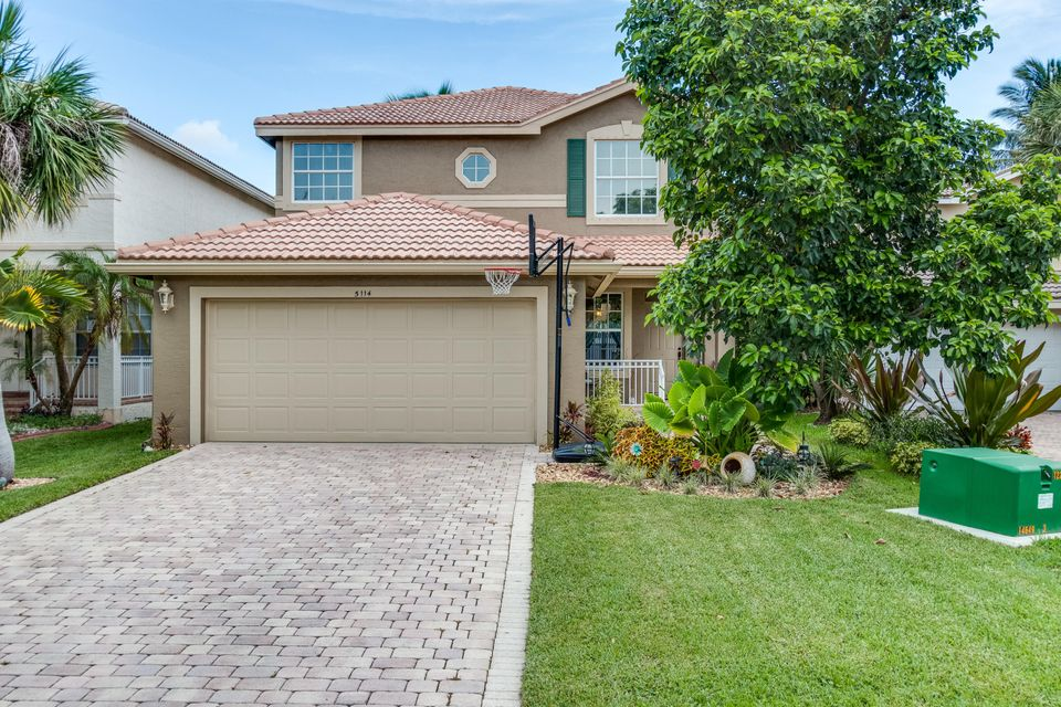 5114 Crescent Moon Drive, Greenacres, FL 33463