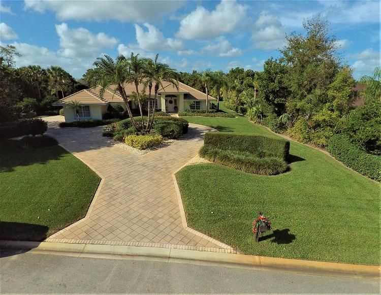 5996 SE Congressional Place, Stuart, FL 34997