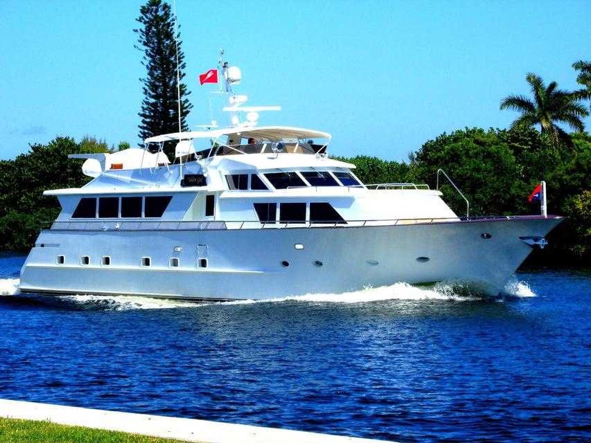 7 Colonial Club Drive 100, Boynton Beach, FL 33435
