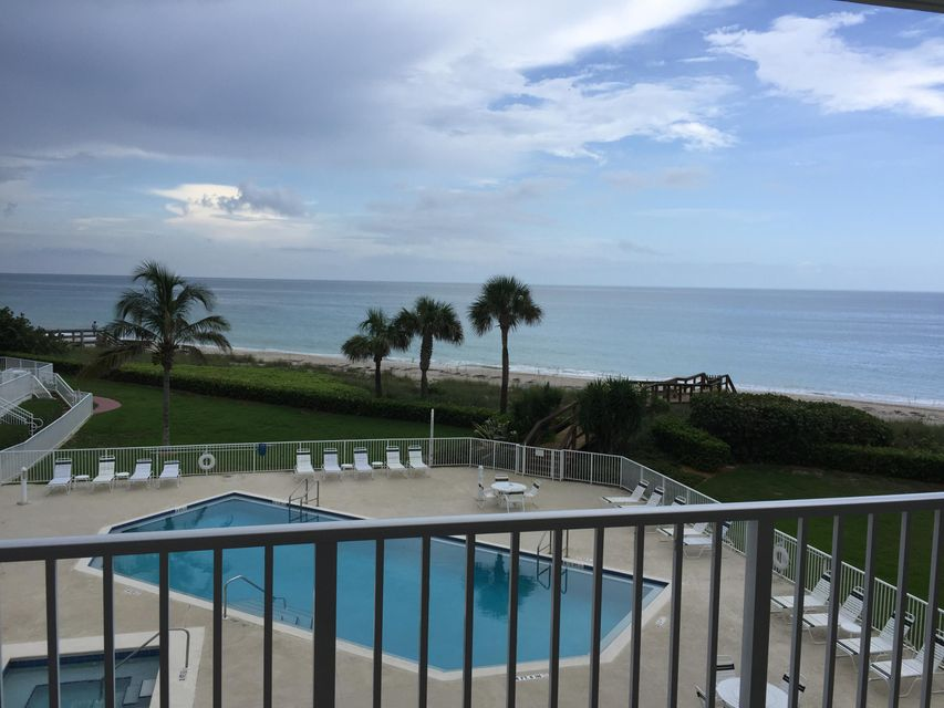 Co-op / Condo for Rent at 2700 Ocean Drive Vero Beach, Florida 32963 United States