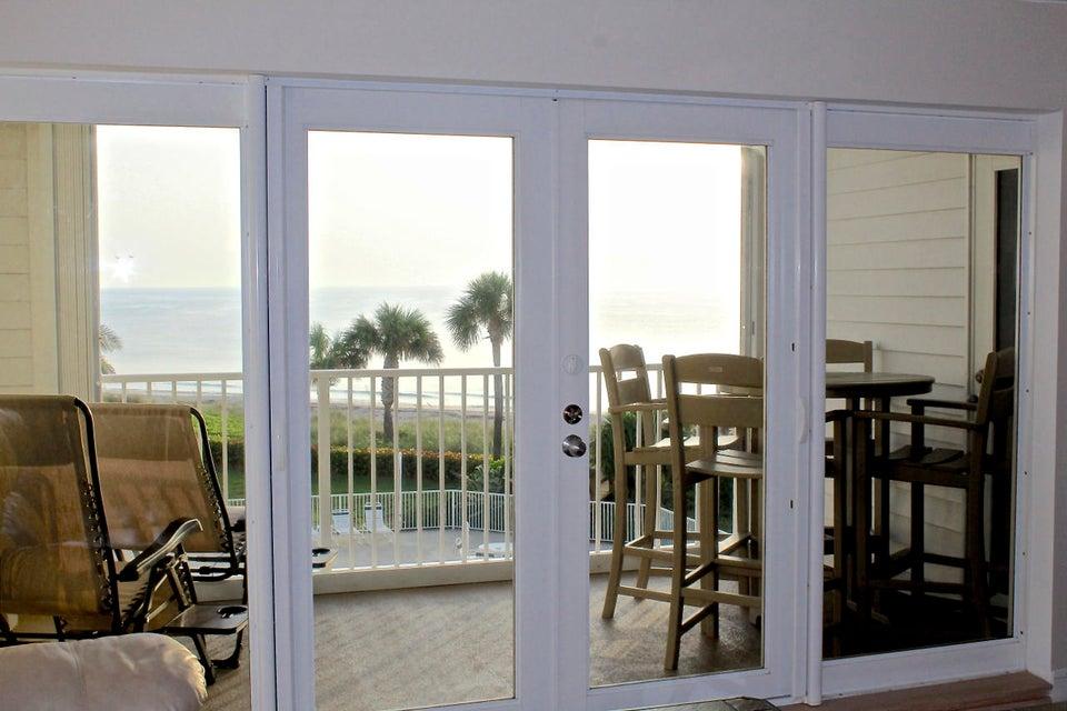 Additional photo for property listing at 2700 Ocean Drive 2700 Ocean Drive Vero Beach, Florida 32963 Estados Unidos