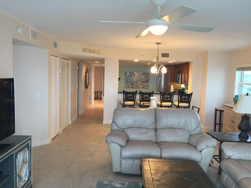 Additional photo for property listing at 2700 Ocean Drive 2700 Ocean Drive Vero Beach, Florida 32963 United States