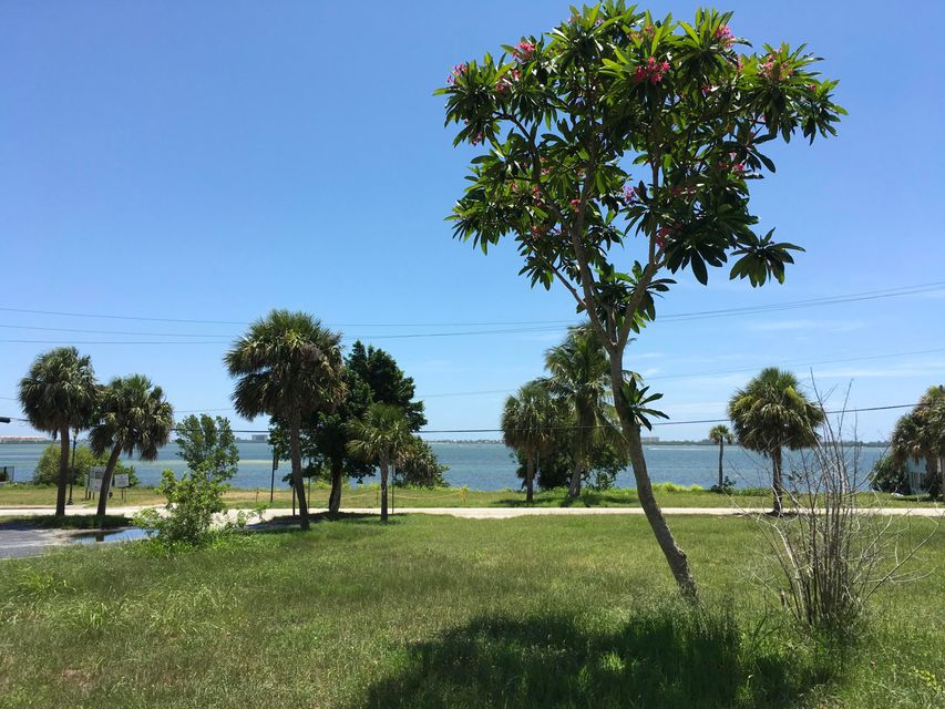 Additional photo for property listing at 401 S Indian River Drive 401 S Indian River Drive Fort Pierce, Florida 34950 United States