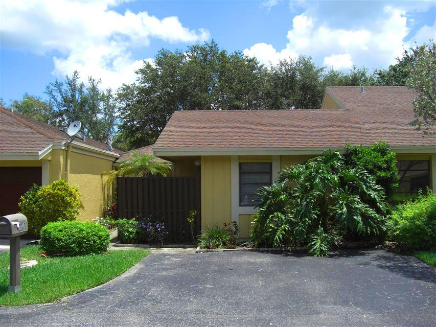 22477 Vistawood Way  Boca Raton FL 33428