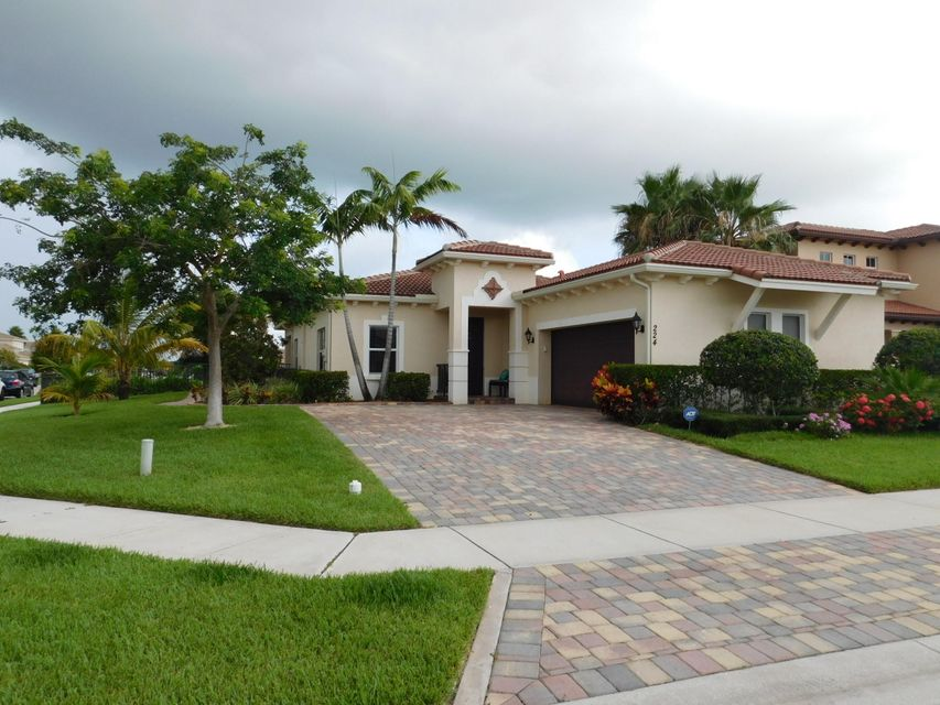 224 Andros Harbour Place  Jupiter FL 33458