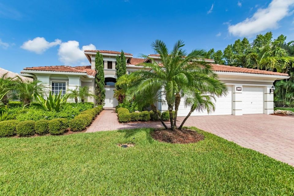 Home for sale in WELLINGTON SHORES Wellington Florida
