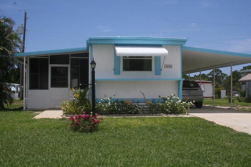 7859 SE Eagle Avenue, Hobe Sound, FL 33455