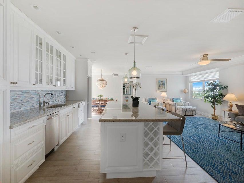 2730 S Ocean Boulevard 409 , Palm Beach FL 33480 is listed for sale as MLS Listing RX-10333284 25 photos