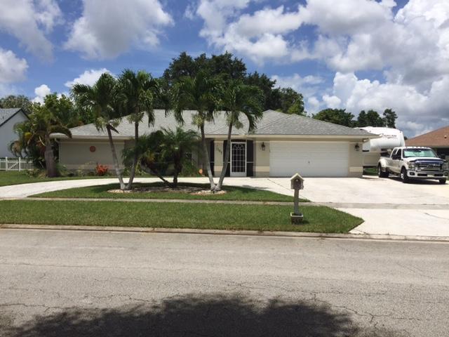 107 Queens Lane  Royal Palm Beach, FL 33411