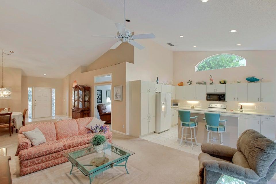 7453 Rockbridge Circle, Lake Worth, FL 33467
