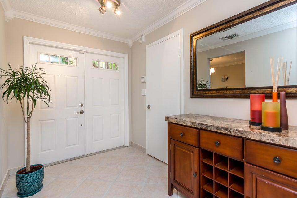 5201 NE 14th Terrace 203, Fort Lauderdale, FL 33334