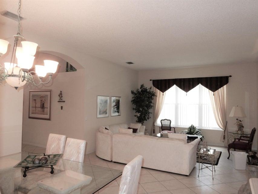6656 Lucaya Avenue