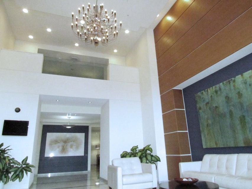 合作社 / 公寓 为 出租 在 700 E Boynton Beach Boulevard 博因顿海滩, 佛罗里达州 33435 美国
