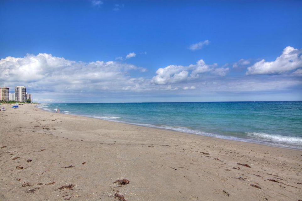 Additional photo for property listing at 2800 N Ocean Drive 2800 N Ocean Drive Singer Island, Florida 33404 États-Unis