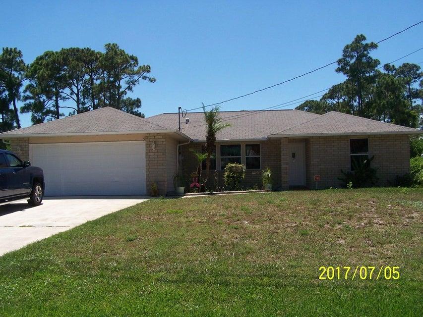 5909 Sunset Boulevard, Fort Pierce, FL 34982