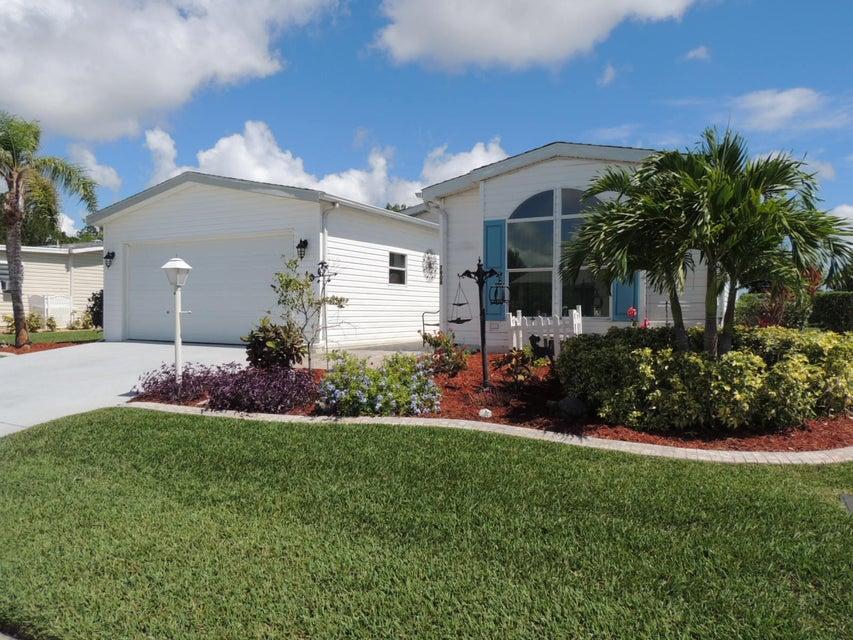 Móvil / Fabricado por un Venta en 7908 Horned Lark Circle 7908 Horned Lark Circle Port St. Lucie, Florida 34952 Estados Unidos