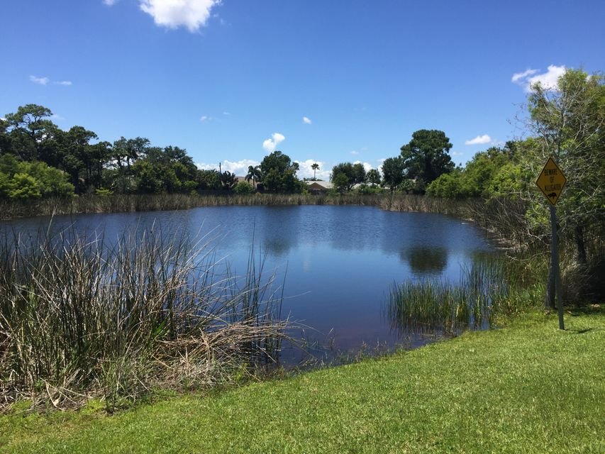 Additional photo for property listing at 2065 SE Mary Terrace W  Port St. Lucie, Florida 34952 United States