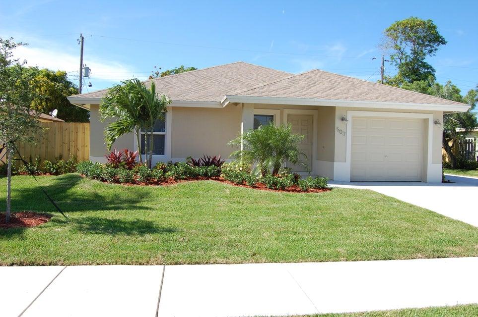 507 SW 9th Court, Delray Beach, FL 33444