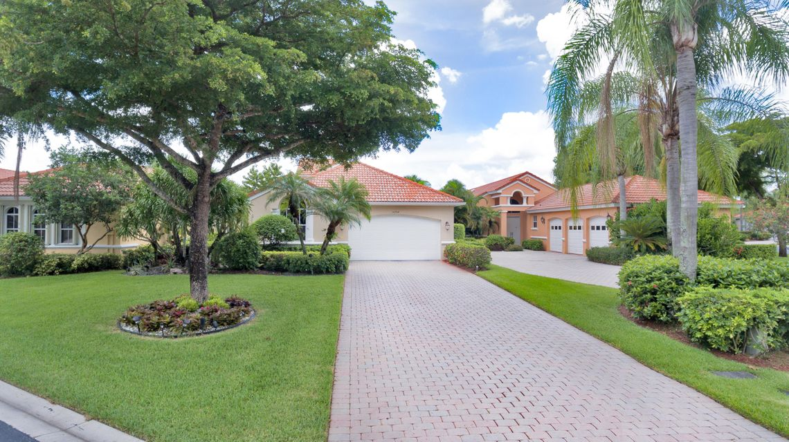 Single Family Home for Sale at 10704 Fairmont Village Drive 10704 Fairmont Village Drive Wellington, Florida 33449 United States