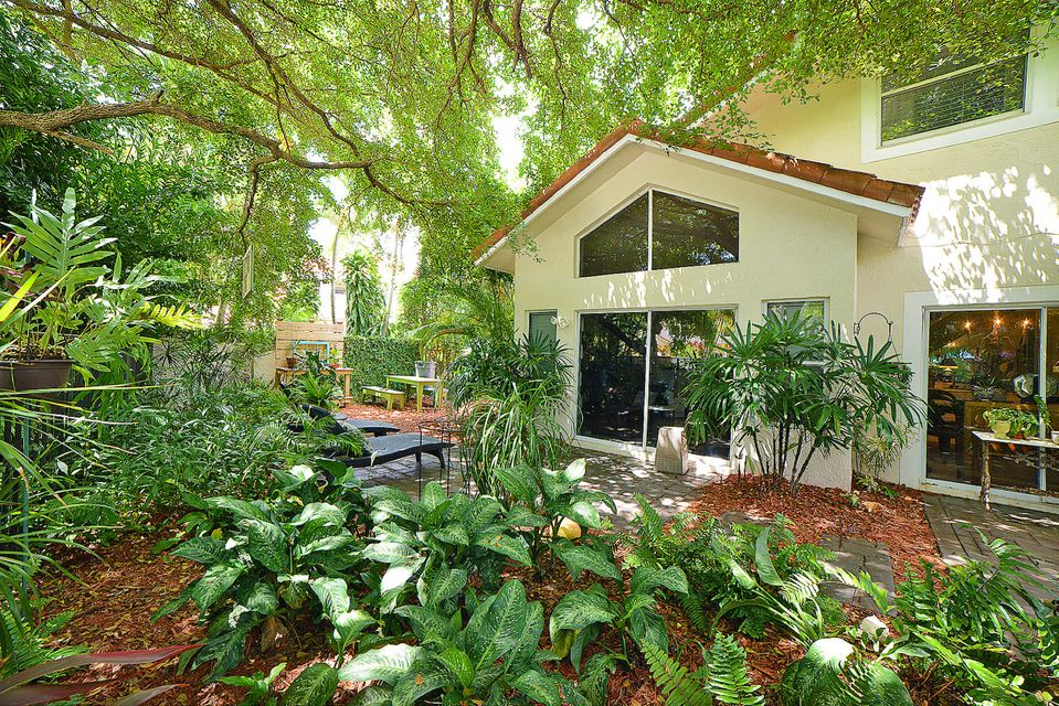 Additional photo for property listing at 5254 NW 22nd Avenue 5254 NW 22nd Avenue Boca Raton, Florida 33496 Estados Unidos