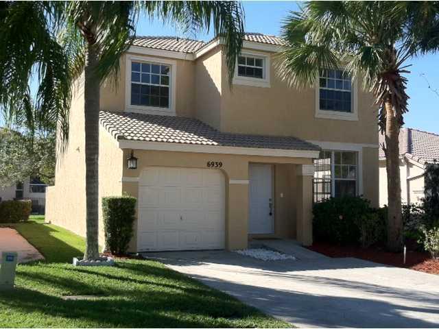 6939 Dawntree Court, Lake Worth, FL 33467