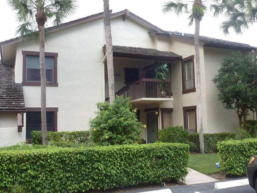 Co-op / Condo للـ Sale في 11397 Pond View Drive 11397 Pond View Drive Wellington, Florida 33414 United States