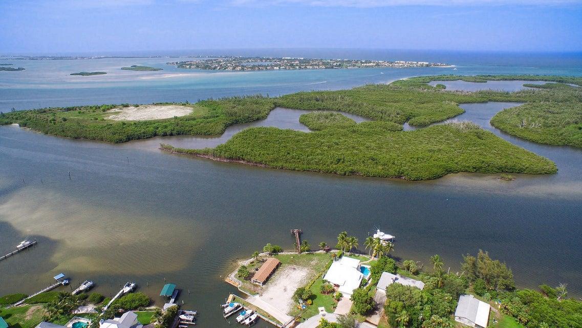 5151 SE Nassau Terrace, Stuart, FL 34997