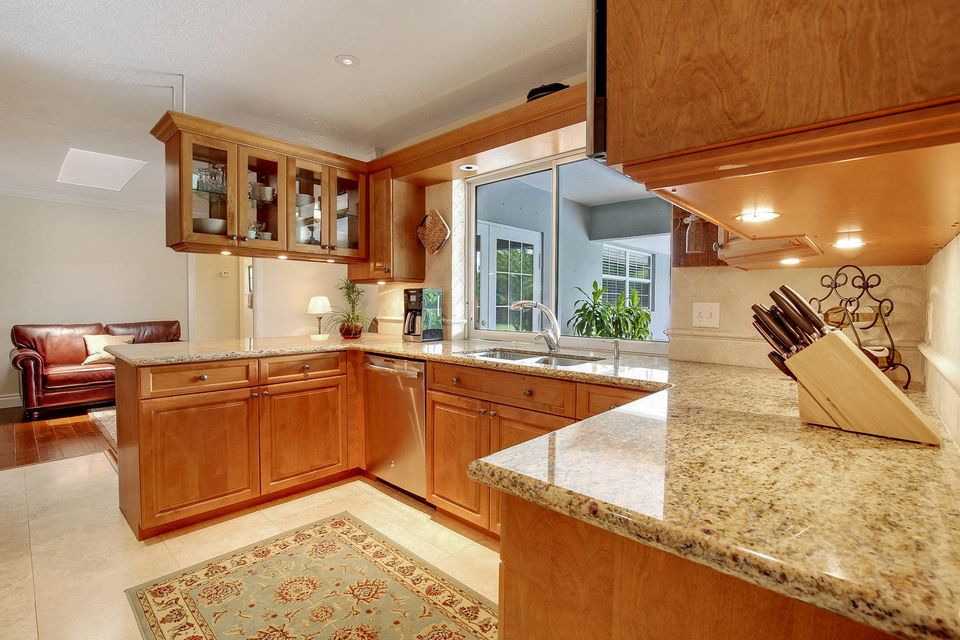 Additional photo for property listing at 3894 Evans Road  Delray Beach, Florida 33445 Estados Unidos