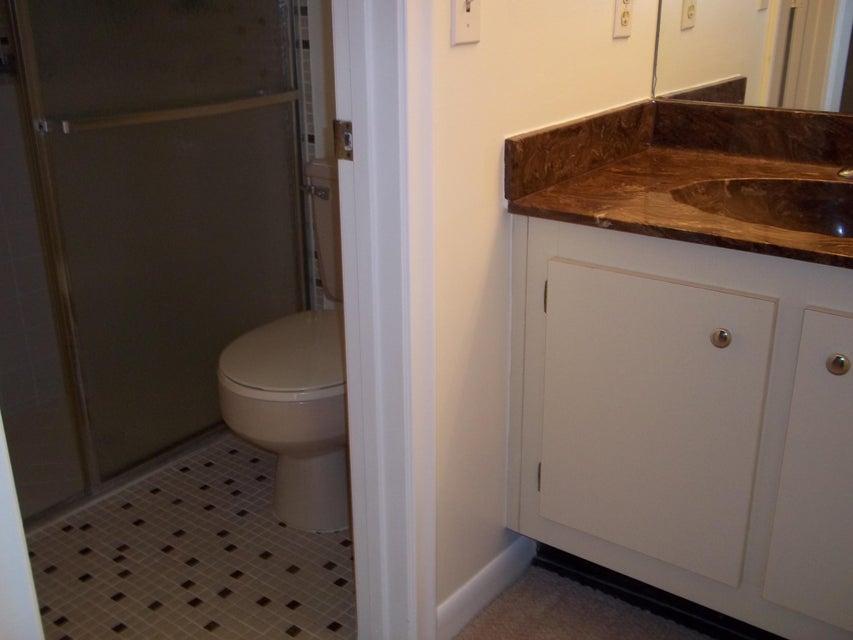 Additional photo for property listing at 3842 Arelia Drive N  Delray Beach, Florida 33445 Estados Unidos