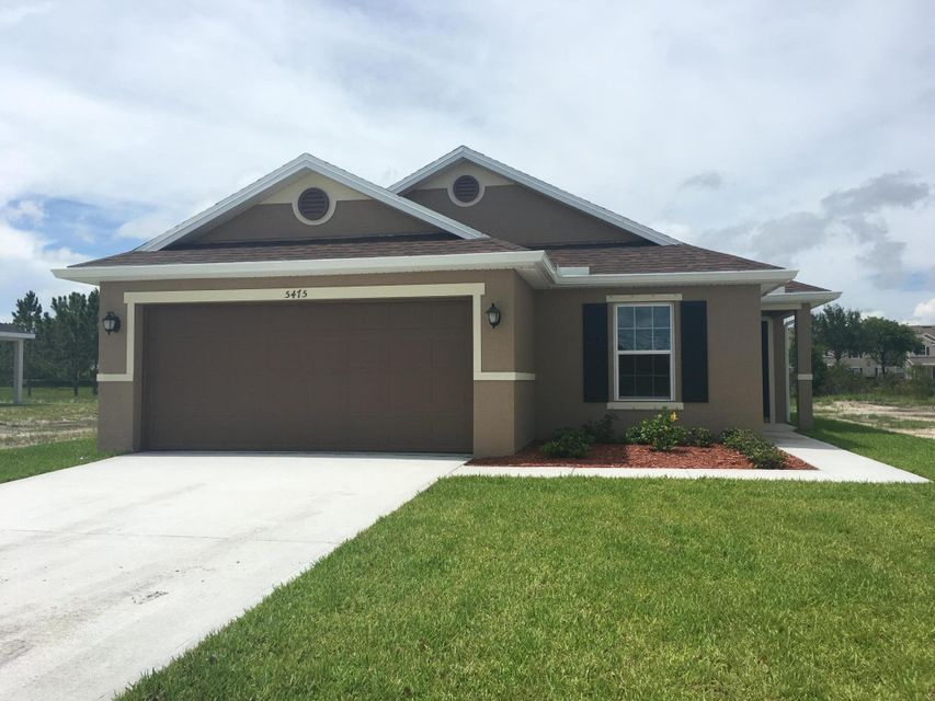 5475 NW Pine Trail Circle, Port Saint Lucie, FL 34983