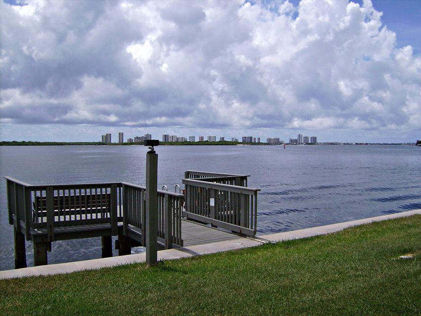 52 Yacht Club Drive 103, North Palm Beach, FL 33408