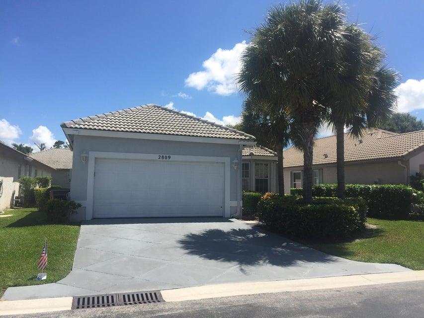 2809 Waters Edge Circle, Greenacres, FL 33413