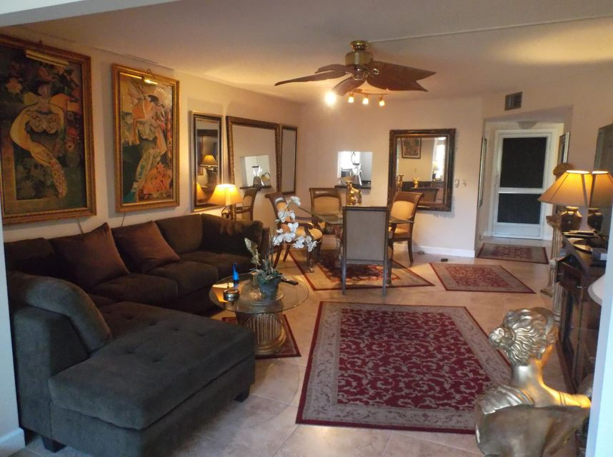 3959 Via Poinciana 407, Lake Worth, FL 33467